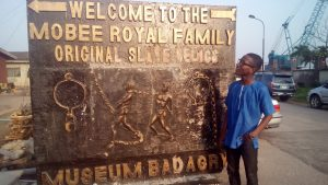 """alt= """"mobee royal family museum"""""""